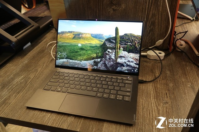 BEST OF CES2019  : YOGA S940笔记本
