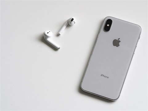 郭明池再爆料:今年iPhone X Plus售价过万