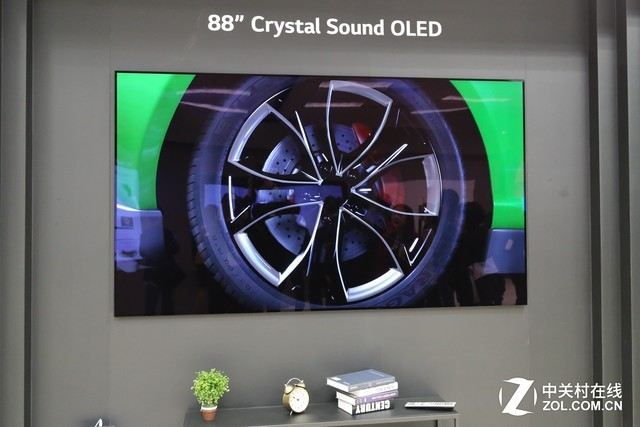Best OF CES2019:LGD Crystal Sound OLED